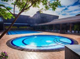 Full Moon Garden Hotel, hotel near Bandaranaike International Airport - CMB, Negombo