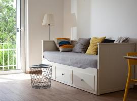 Apartments Coast 27, room in Podgora