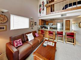 1491 Woodside Avenue Condo Unit 303A, apartment in Park City