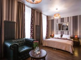 Мартин Отель, отель в Санкт-Петербурге, рядом находится Станция метро «Площадь Восстания»