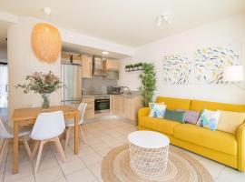 Beach Apartment in the heart of Tamariu, hotel a Tamariu