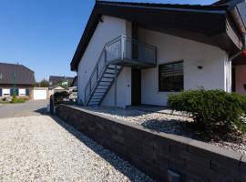 Serene apartment in Weeze with private garden, Hotel in der Nähe vom Flughafen Weeze Niederrhein - NRN,
