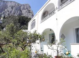 Villa Striano Capri - Guest House - Rooms Garden & Art, hotel near Marina Piccola - Capri, Capri