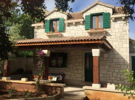 Holiday House Bepa, room in Selca