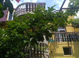 Why Me Eco-friendly Rooms, hotel near Platform 3rd km Railway, Tbilisi City
