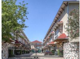 Galleria 3-Story Patio Home