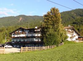 Hotel Heinz, hotel a Brunico