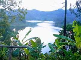 Creek Homestay Bunyonyi