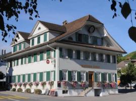 Chrüter Chrüz, Restaurant & Hotel