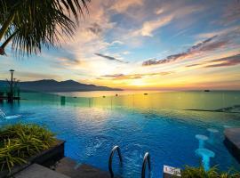 Sala Danang Beach Hotel, spa hotel in Da Nang