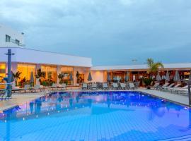 Limanaki Beach Hotel & Suites