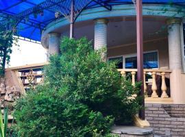 Guest House on Shevchenko, отель в Анапе, рядом находится Торговый центр «Красная площадь»