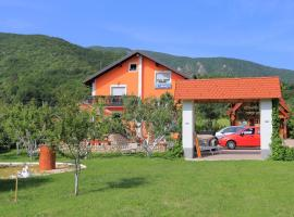 Apartments and rooms with parking space Vranovaca, Plitvice - 17428