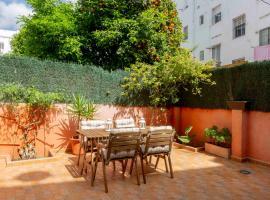 Loft luminoso con patio, hotel near Santa Justa Train Station, Seville