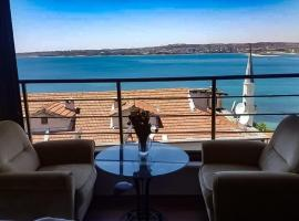 a wonderful sea view apartment in Istanbul