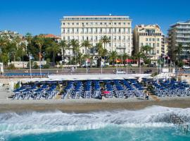 Hôtel West End Promenade, beach hotel in Nice