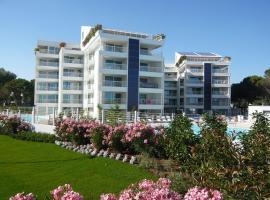 Marina Verde Resort