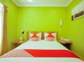 OYO 841 Orange Hotel