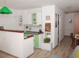 Sunny little flat in City center- JUKAN