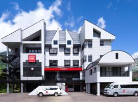 iCamp Hotel
