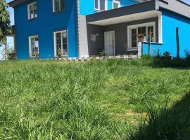 Villa Blue Green