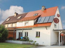 Schöne Zeit 2 rooms apartment with kitchen: Friedrichshafen'da bir villa