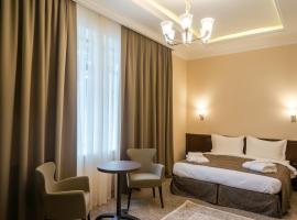 Royal Plus Hotel