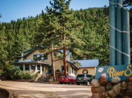Romantic RiverSong Bed & Breakfast Inn