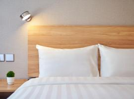Minimal Hotel Avenue