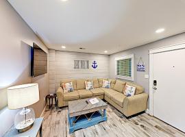 New Listing! Resort Condo W/ Pools & Beach Shuttle Villa