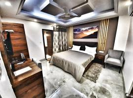 Hotel Aerocity Purple Orchid