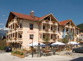 Hotel Drei Mohren, hotel near Olympic Ski Jump, Garmisch-Partenkirchen