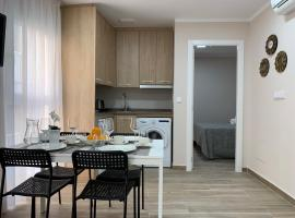 GBH Aparthotel Caballito de Mar, hotel económico en Benidorm