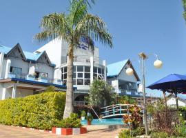 Sky blue hôtel & espace