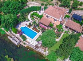 Villa Old Garden, hotel near Mostar International Airport - OMO,