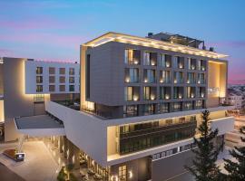 Doubletree By Hilton Antalya City Centre, מלון באנטליה