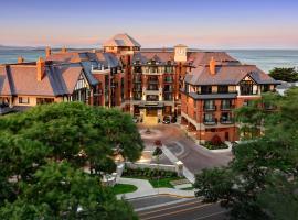 Oak Bay Beach Hotel, hotel near Fort Rodd Hill National Historic Site, Victoria