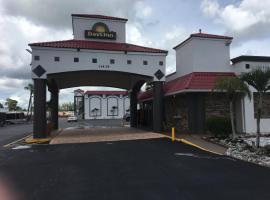 Days Inn by Wyndham Fort Myers