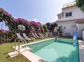 Modern Villa in eze with Swimming Pool, hotel in Éze