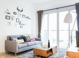 Fresh and Modern Home for 4-7 Pax