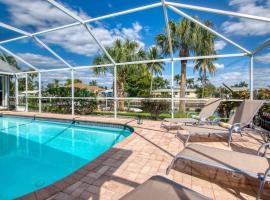 Villa Melina, Ferienunterkunft in Cape Coral