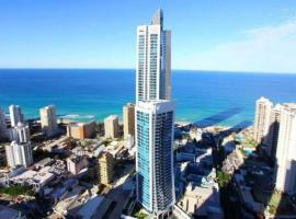 five star apartment walk to the beach at Surfers Paradise