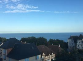 Face mer imprenable - 4 personnes, budget hotel in Trouville-sur-Mer