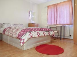 CEPHAS STREET - DELUXE GUEST ROOM 4
