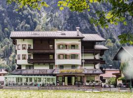 Mauracherhof, budget hotel in Maurach