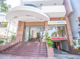 Roots VIP Hotel & Apartment