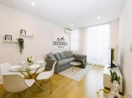 Luxury Apartment Close to Central Station and Chinatown