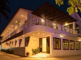 Crystal Sands Villa