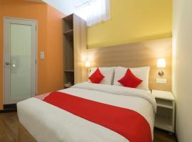 OYO 11339 Istay Hotel