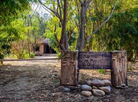 Jim's Jungle Retreat, room in Rāmnagar